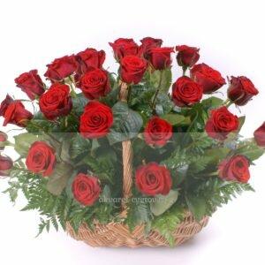 Корзина из 25 красной розы